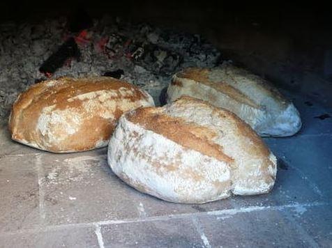 Hacer pan en Horno de Leña